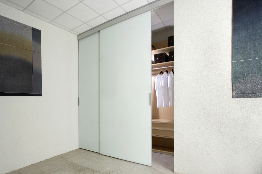 C.R. Laurence Sliding Door Systems | Specification Building Product  Directory | Specification Online