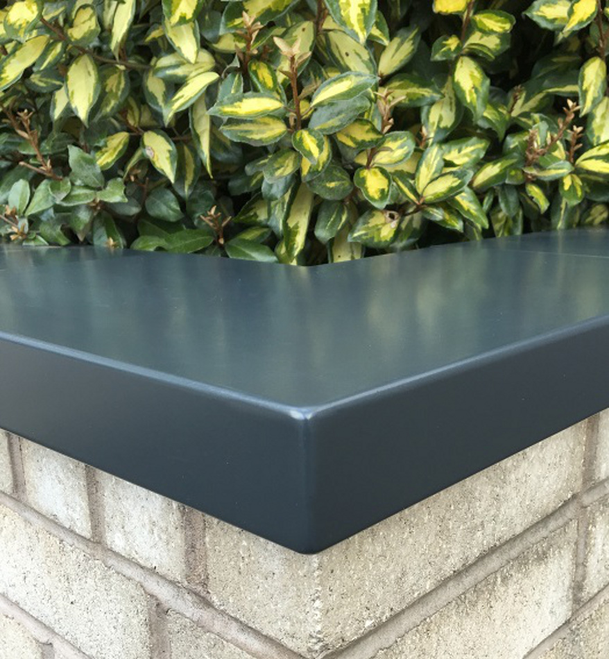 ONE PIECE ALUMINIUM CORNER COPINGS