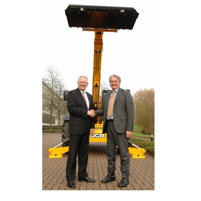 JCB secures new engine supply deal for Ecomax Tier 4