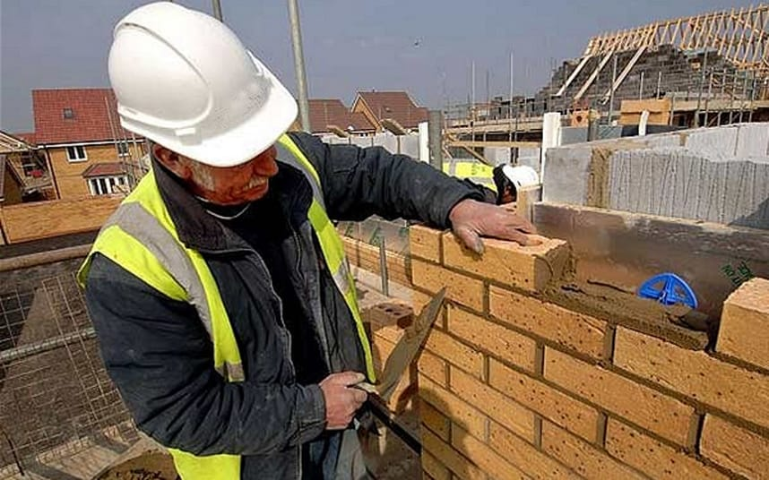 Skills shortages biting construction sector once more