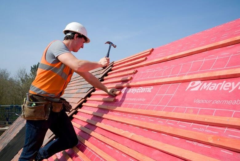 Sun safety warning for site workers