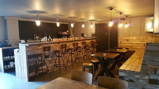 Sikafloor serves-up quality surface in rapid time for city centre restaurant