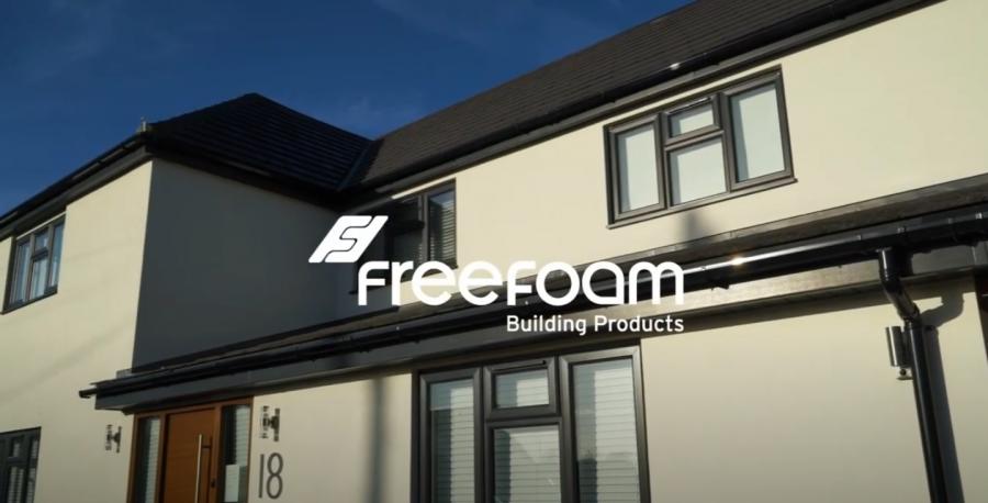 Freefoam smart black roofline